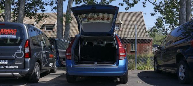Baklucka öppnad med bagageöppnare