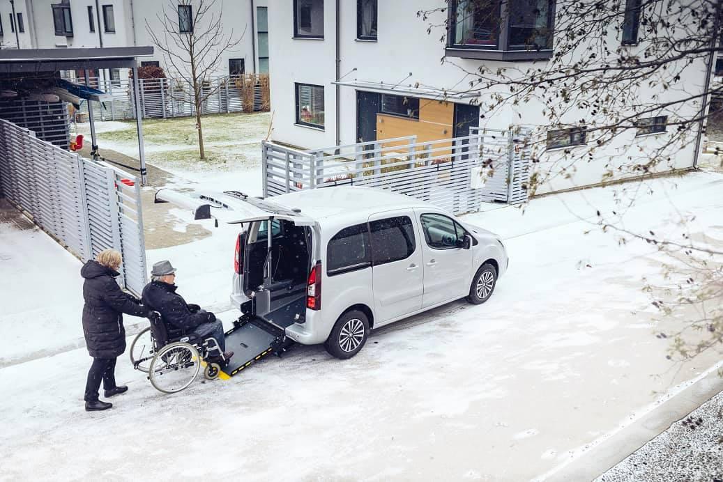 Peugeot Partner på vintern.