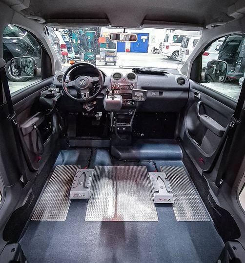 Invändigt i en VW Caddy Activ